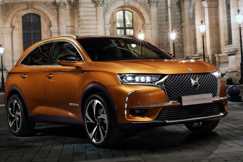 ds7 crossback be chic 1 6puretech 180km eat8 autoeefl. Black Bedroom Furniture Sets. Home Design Ideas